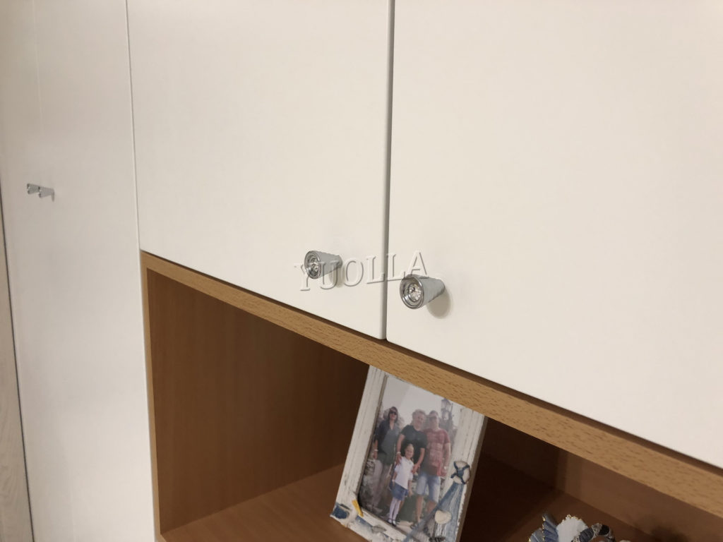 Шкафы распашные6